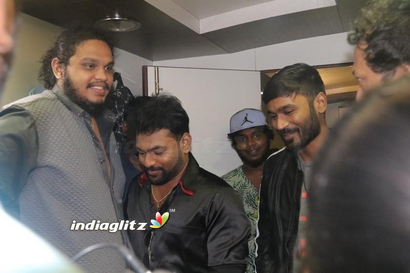 Dhanush Launches '7 Naatkal' Audio