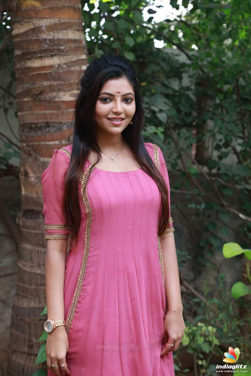 'Adutha Sattai' Movie Pooja