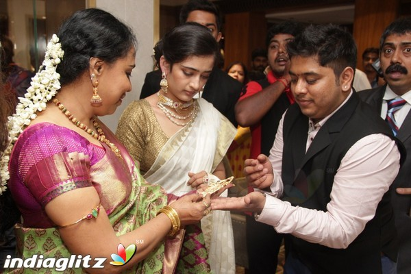 EventsAkshara Haasan Launch Diamonds Showroom