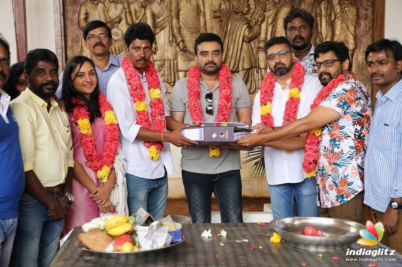 'Agni Natchathiram' Movie Pooja