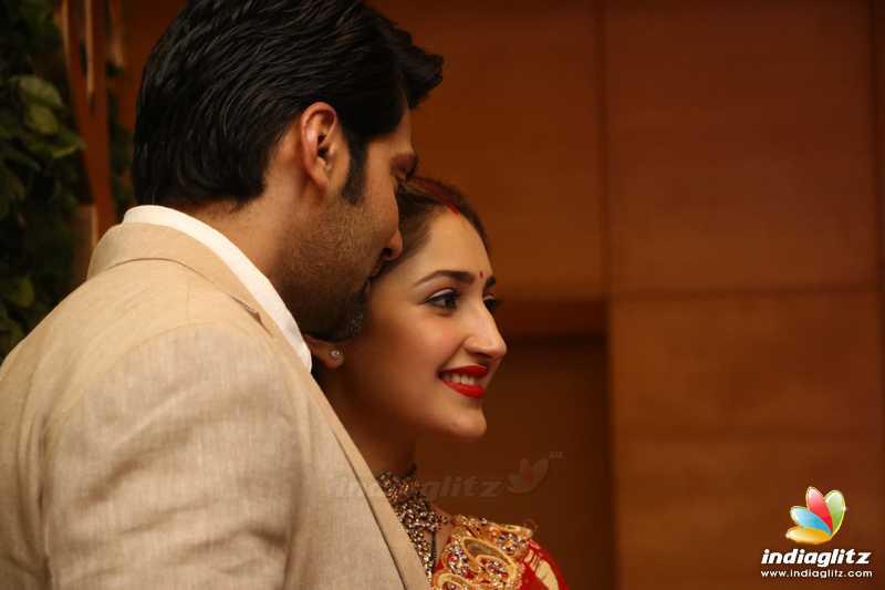 Arya & Sayyeshaa Wedding Reception
