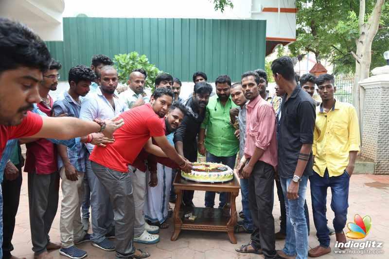 'Billa Pandi' Teaser Release by Thala Fans