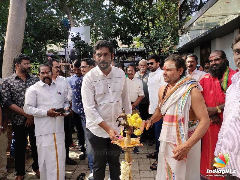 'Maanaadu' Movie Pooja