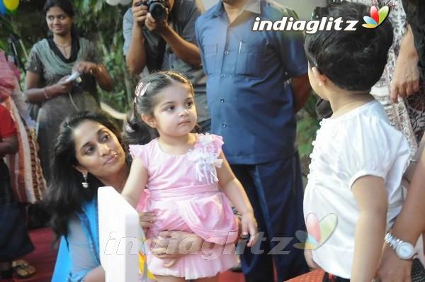 EventsShalini & Baby Anoushka @ Vannila Kids Place