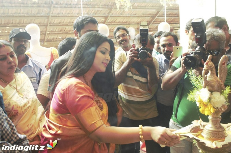 Kanchipuram VRK silks opening with actress Sneha in Coimbatore