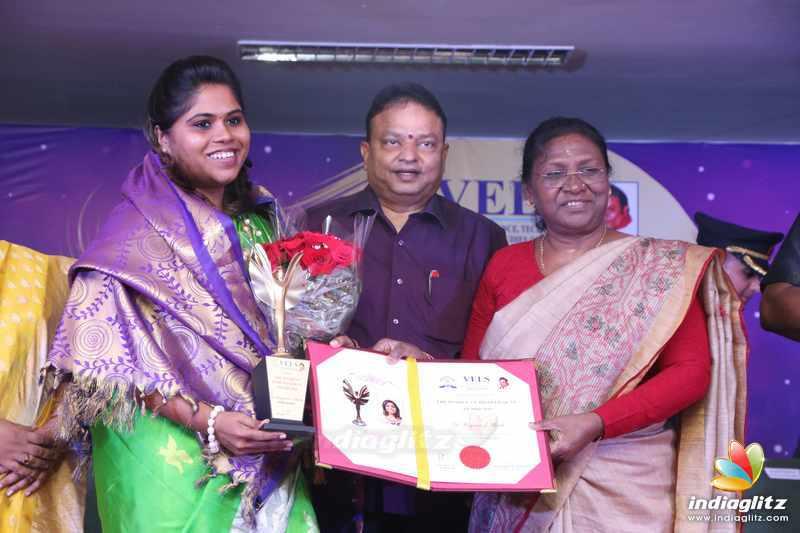 Vels university Panache Events & Branding - The Women's Empowerment Award 2018