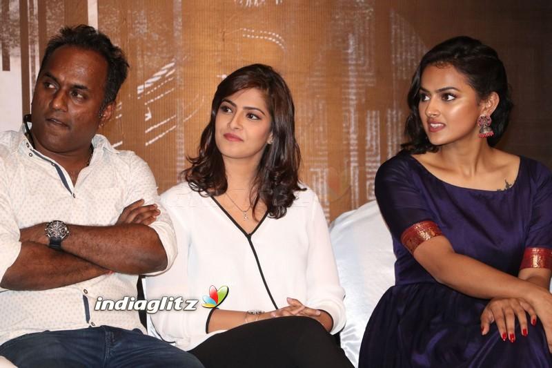 'Vikram Vedha' Movie Press Meet
