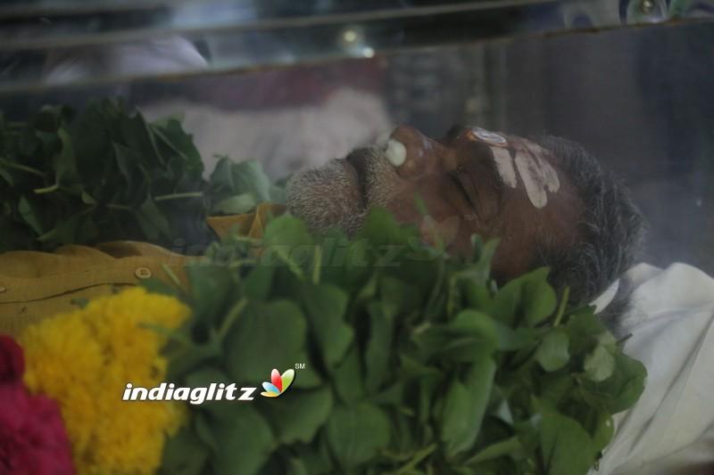 Kollywood Pays Last Respects To Vinu Chakravarthy