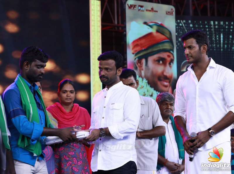 Vishal Donated 11 Lakhs totally to a group of 30 affected farmers