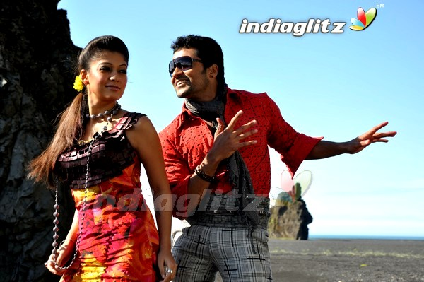 aadhavan movie review