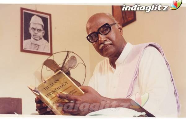 Kamarajar Photos Telugu Movies Photos Images Gallery Stills Clips Indiaglitz Com