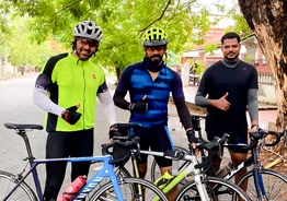 Arya cycles 80 km, gets criticized for lockdown violation!