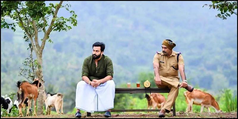 Sasikumar and Sarath Kumar team up for superhit remake? - Tamil News - IndiaGlitz.com