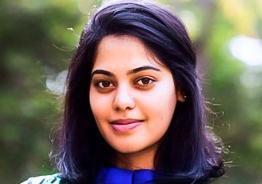 Bindu Madhavi reveals her secret crush!