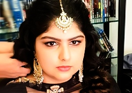 Boney Kapoor's daughter Anshula shows her 'Valimai'