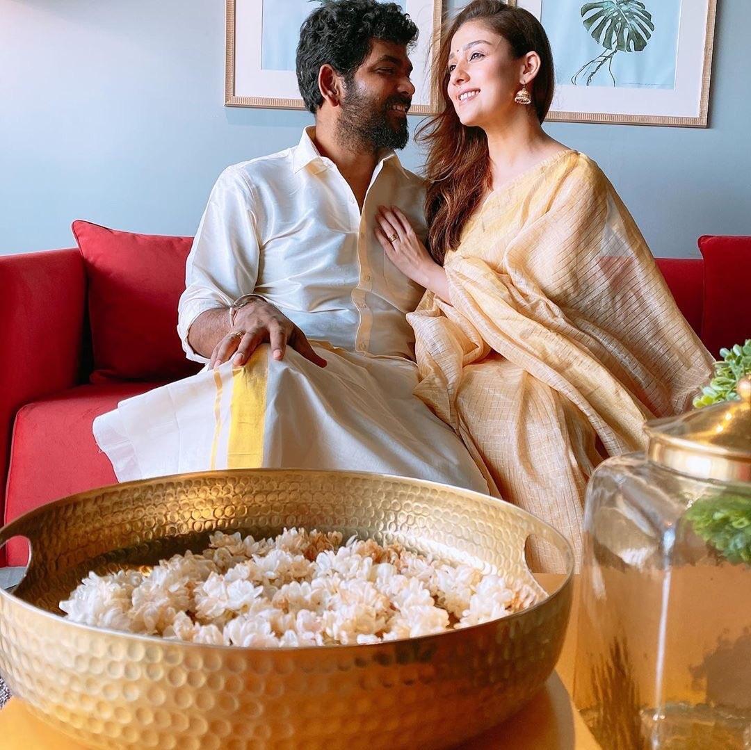 Nayanthara - Vignesh Shivans romantic Onam celebration photos viral!