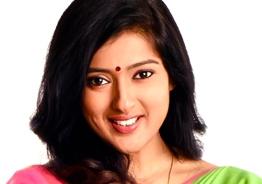Tamil 'Bigg Boss' actress insists Hindi to be official language