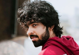 Who is the heroine of GV Prakash in his new film?