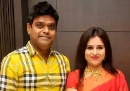 Harris Jayaraj wedding anniversary celebrations photos