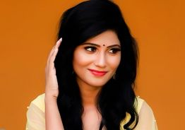 Bigg Boss Julie acting with her boy friend in a new movie
