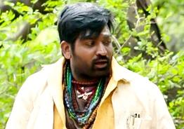 Vijay Sethupathi recedes to push Tamil cinema forward - 'Kadaisi Vivasayi' trailer review