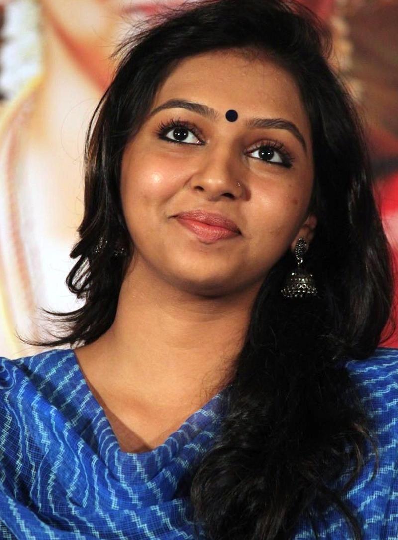Indian shining stars: Lakshmi Menon South Indian actress