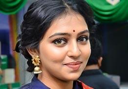 Lakshmi Menon refuses to change bad opinion on 'Bigg Boss 4' - Video