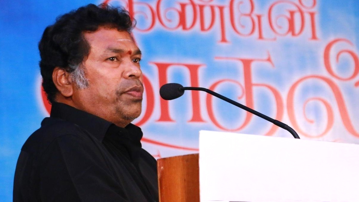 Virugambakkam candidate actor Mayilsamy get Whistle symbol - தமிழ் News - IndiaGlitz.com - oceannews2day