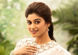 Oviya's sudden message to her fans