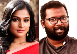 Arunraja Kamaraj and Ramya Nambesan exchange messages in code words