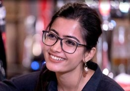 What did Rashmika Mandanna steal from a hotel - video goes viral