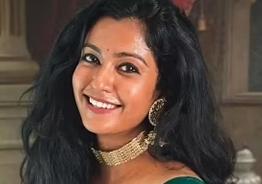 Roshni Hariypriyan quits 'Bharathi Kannamma'