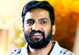 Top comedian with Santhanam in back to back movies!