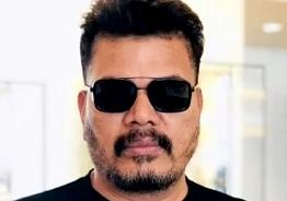 Shankar finalises multiple crores for RC15! - Deets inside