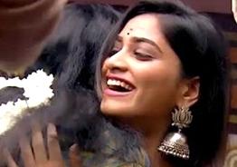 Bigg Boss 4 Balaji gets ignored by Shivani!