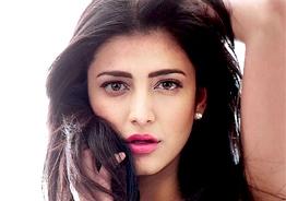 Shruti Haasan's latest photos with her boyfriend turn viral!