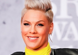 Singer Pink reveals she had tested Corona positive, makes massive donation!