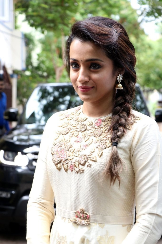 """Only after the situation is better"""" exclaims Actress Trisha on signing new  films! - Tamil News - IndiaGlitz.com"""