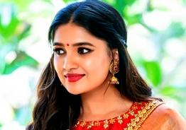 டிவி சீரியல் நடிகை வாணிபோஜன் நடிக்கும் படத்தின் டைட்டில்!