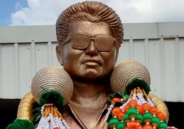 Grand life size Thalapathy Vijay statue gifted by Karnataka fans - pics
