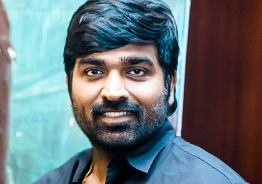 Vijay Sethupathi recieved Kalaimamani Award