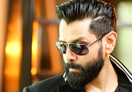 Vikram to join hands with Superstar Rajnikanth's director!