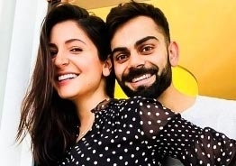 Anushka Sharma's tough yoga with baby bump supported by Kohli wins hearts!