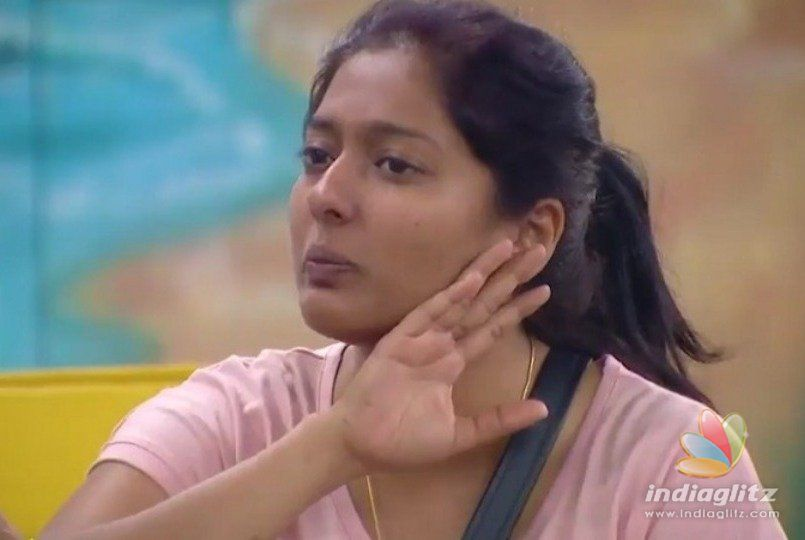 Gayathri Raghuram slams Sophia and her supporters