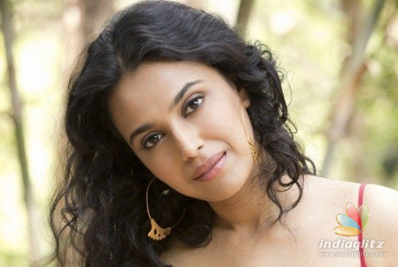 Swara Bhaskars reaction to fan asking her father about her masturbation