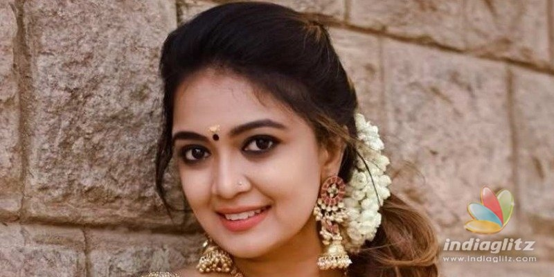 Popular young television actress and singer joins  Thalapathy 64