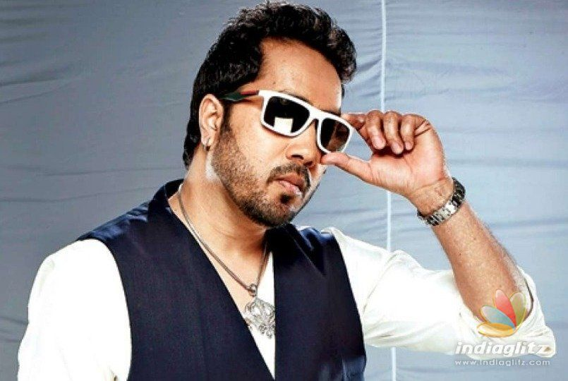 Mika Singh 'held in Dubai for harassing Brazil teen'