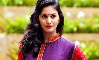 'Anegan' heroine reveals her character