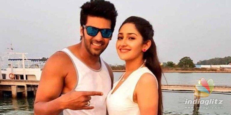 Is Aryas wife Sayyeshaa pregnant?
