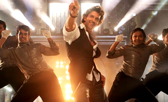 Hrithik & Katrina Sizzle in 'Bang Bang' FIRST SONG 'Tu Meri'